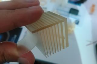 3Dプリンタ加工例0.3mm板状治具